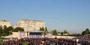 BOĞAZİÇİLİ GENÇLERDEN AKP'NİN ATADIĞI REKTÖRE PROTESTO ŞOKU
