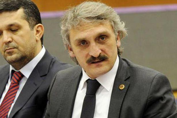 AKP'Lİ ÇAMLI'DAN TEPKİ ÇEKEN CHP TWEETİ;ÇAMURİYETÇİ ÖRGÜT