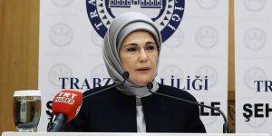 """EMİNE ERDOĞAN TIP SEMPOZYUMUNDA;""""SEZARYEN ORANINI İNDİRMEK İÇİN.."""""""