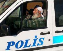 TÜRBANLI POLİS YETMEDİ,SARIKLI POLİS..