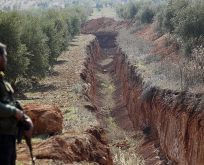 KİMİN GÜVENLİ BÖLGESİ? YPG HENDEK KAZIP,HAZIRLIK YAPIYOR