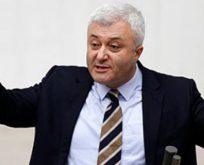 POLİSTEN TUNCAY ÖZKAN'A BİR GECE ANSIZIN BEKLE TEHDİDİ