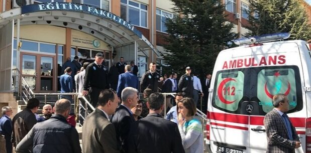 ŞIRNAK'TA BİR KİŞİ AMBULANS KAÇIRDI