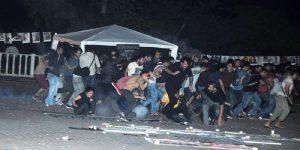 ANTALYA'DA BARIŞ ÇADIRI KURANLARA POLİS MÜDAHALESİ