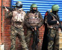 DİYARBAKIR'DA ÇATIŞMA,1 POLİS ŞEHİT,3 PKK'LI ÖLDÜRÜLDÜ