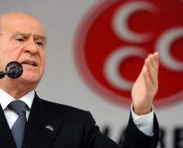 """BAHÇELİ'DEN DEMOKRASİ DERSİ,""""MUHALİFLER KURULTAY SALONUNA NASIL GİRECEK?"""""""