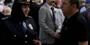 YENİ TÜRKİYE,TÜRBANLI POLİSLER,30 AĞUSTOS TÖRENLERİNDE